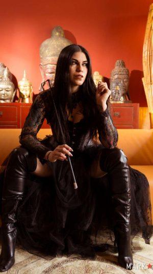 Mistress Eva Cruz